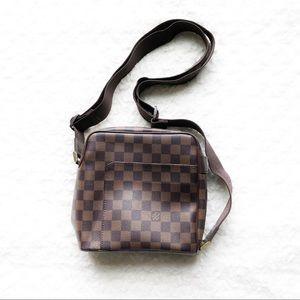Authentic Louis Vuitton Damier Ebene Messenger Bag